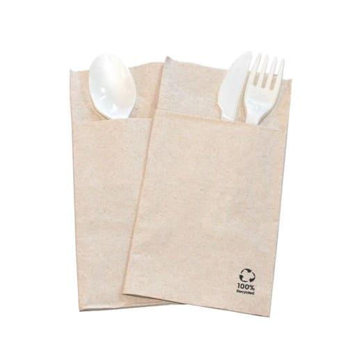 Tovagliolo-in-carta-riciclata-con-tasca-porta-posate